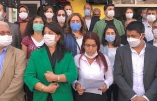 """HDP'li vekillerden polise: """"Terbiyesiz"""",..."""