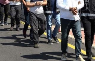 İzmir merkezli 28 ilde yürütülen FETÖ soruşturmasında...