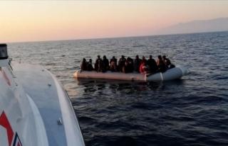İzmir ve Aydın'da Türk kara sularına geri...