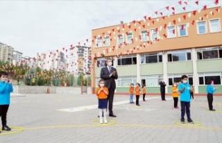 Milli Eğitim Bakanı Selçuk, yüz yüze eğitimin...