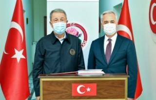Milli Savunma Bakanı Akar, Isparta'da incelemelerde...