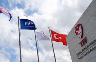 TFF, İzmir'deki deprem nedeniyle 4 maçı ileri...