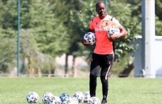 Trabzonspor'da teknik direktör Eddie Newton'ın...