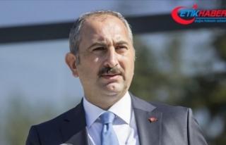 Adalet Bakanı Gül: Vesayet çağrışımlarını...