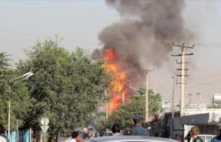 Afganistan'da askeri karakola bomba yüklü araçla...