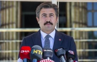 AK Parti Grup Başkanvekili Cahit Özkan, yeni yasama...