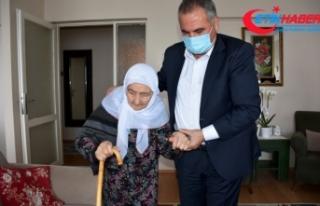 Bedriye Nine 98 yaşında Kovid-19'u yenerek...