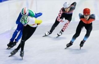 Buz pateninde 'Short Track Nenehatun Kupası'...