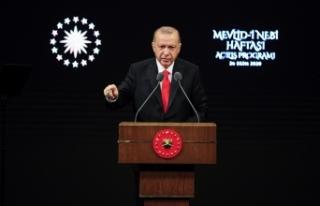 Cumhurbaşkanı Erdoğan: Buradan milletime sesleniyorum,...