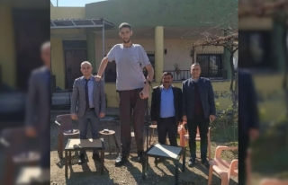 Dünyanın en uzun insanı Sultan Kösen, korona virüse...