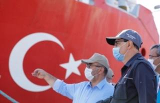 Bakan Dönmez: Oruç Reis Doğu Akdeniz'de faaliyet...