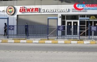 Fatih Karagümrük-Kasımpaşa maçı Ülker Stadı'nda...