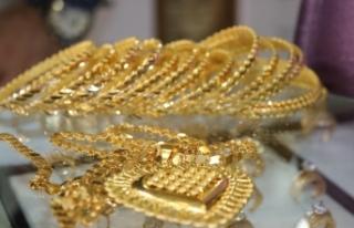 Gram altın 444 lira seviyelerinde