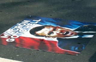 Güney Afrikalı Müslümanlar, Fransa'yı protesto...