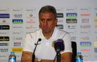 """Hamza Hamzaoğlu: """"Oyuncularımızın sahadaki..."""
