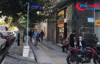 İran'da Kovid-19 tedbirleri kapsamında 43 şehirde...