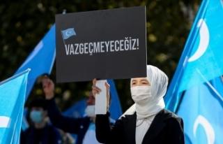 İstanbul'da Doğu Türkistanlılardan Çin işgaline...