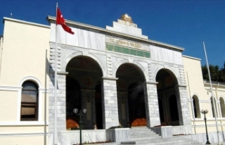 İstanbul Valisi Yerlikaya, Kovid-19 vakalarının...