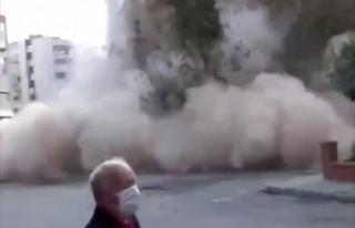 İzmir'deki bir binanın yıkılması cep telefonlarına...