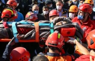 İzmir'deki depremde yıkılan Doğanlar Apartmanı...