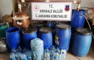 Kırıkkale'de 1150 litre sahte rakı ve şarap...