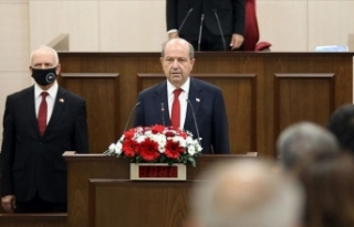 KKTC'de yeni Cumhurbaşkanı Ersin Tatar ant...