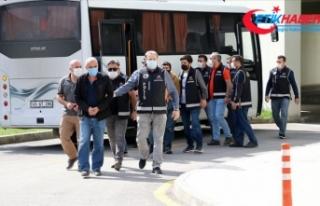 Manisa'da FETÖ operasyonunda 16 eski polis gözaltına...