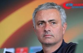 Mourinho, eski takımı Manchester United'ı...