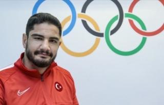 Olimpiyat şampiyonu Akgül'den gençlere altın...