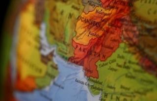 Pakistan'da Kovid-19 vaka artışları sürüyor