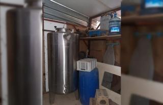 Tekirdağ'da tavuk çiftliğinde 1226 litre sahte...