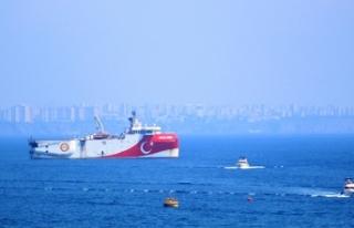 Ege'deki adalara askeri sevkiyat yapılmasına karşı...