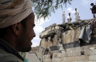 Yemen'de bir ayda 8 bini aşkın kişi evini...