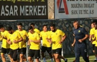 Yeni Malatyaspor, transfer sezonunda 17 ismi kadrosuna...