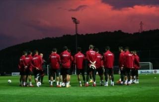 A Milli Futbol Takımı'na yapılan Kovid-19...