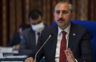 Adalet Bakanı Gül: Hukukun araçsallaştığı dönemlerde...