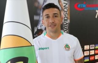 Alanyaspor'un Brezilyalı futbolcusu Davidson...