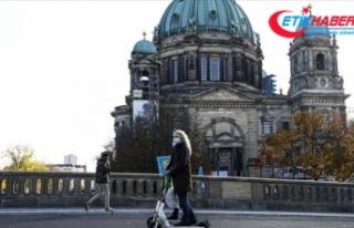 Almanya'daki Kovid-19 kısıtlamaları 20 Aralık'a...