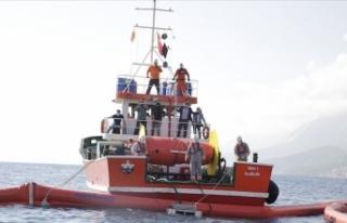 Antalya açıklarında deniz kirliliğiyle mücadele...