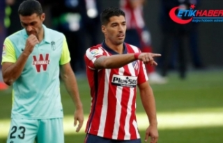 Atletico Madrid'in Uruguaylı forveti Luis Suarez...