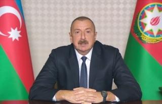 Azerbaycan Cumhurbaşkanı Aliyev, Zafer Geçidi Töreni'nde...