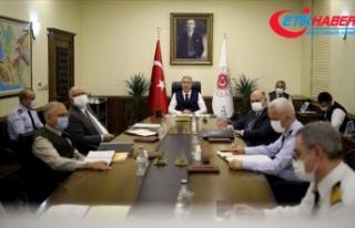 Bakan Akar: Doğu Akdeniz'de hakkımızı yedirmedik,...