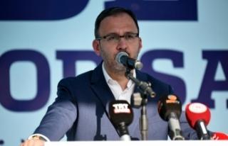 """Bakan Kasapoğlu: """"Başakşehir'in bu başarıyı..."""