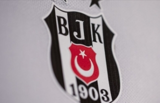 Beşiktaş'ta üç futbolcu ile bir personelin...