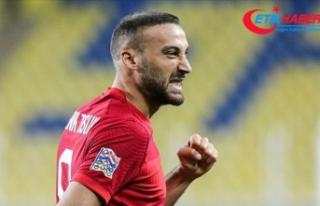 Cenk Tosun Türk futbolunun efsanelerini yakalamaya...