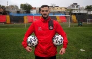 Fatih Karagümrük'ün Slovak futbolcusu Sabo:...