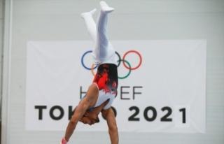 Ferhat Arıcan, yeni hareketini dünya cimnastik literatürüne...