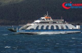 Güney Marmara'da feribot seferlerine fırtına...