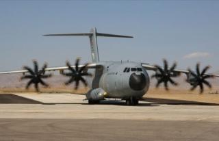 Hava Kuvvetleri 9 uçakla kurtarma ekipleri ile teçhizat...
