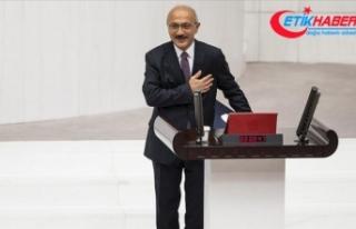 Hazine ve Maliye Bakanı Elvan TBMM'de yemin...